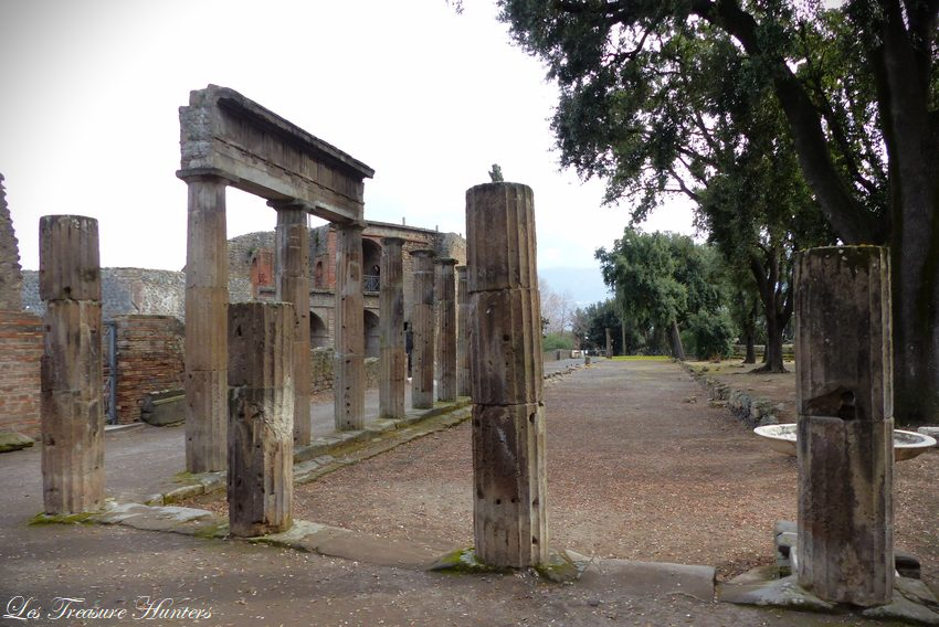 Why Pompeii is famous ?