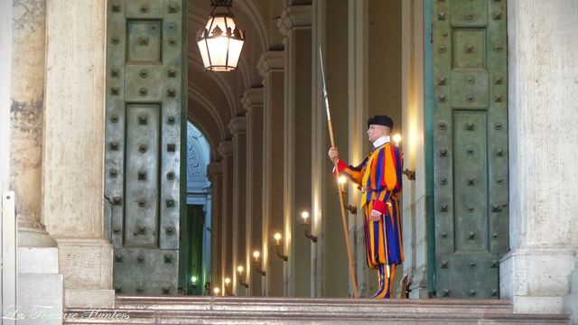 the swiss guard of the vatican