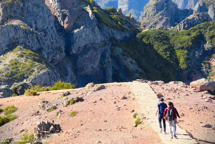 conseils pour la randonnée, l'alpinisme et le camping à Pico Ruivo et Pico do Arieiro à Madère