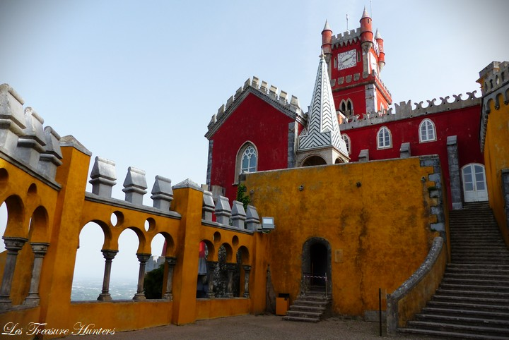 Best time to travel Sintra.